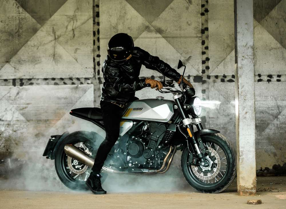 Moto BRIXTON Neo Retro